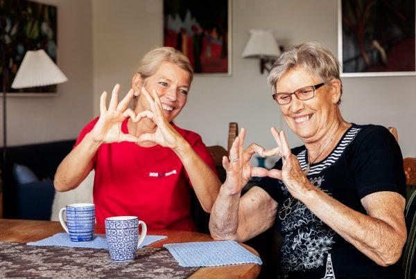 sos-vikar-vikarbureau-omsorg-privat-pleje-hjemmepleje-plejehjem-hjertet-paa-rette-sted